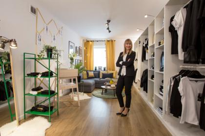 Projekt wnętrza - Showroom by Maciek Sieradzky