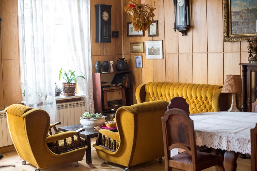 stary dom do sprzedaży