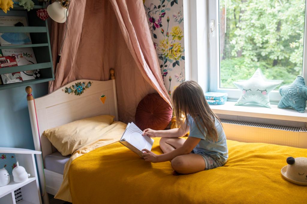 Kwiatowy pokój dziecięcy